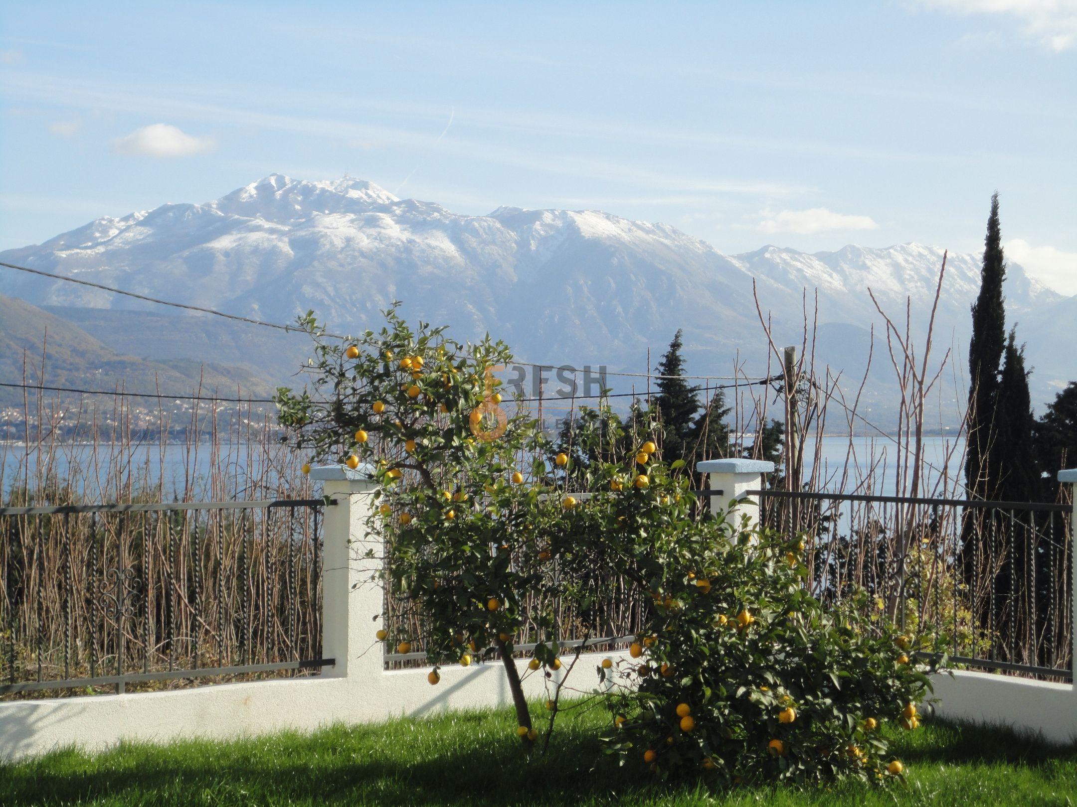 Vila sa pogledom na more, 180m2, Baošići - Herceg Novi, Prodaja - 8