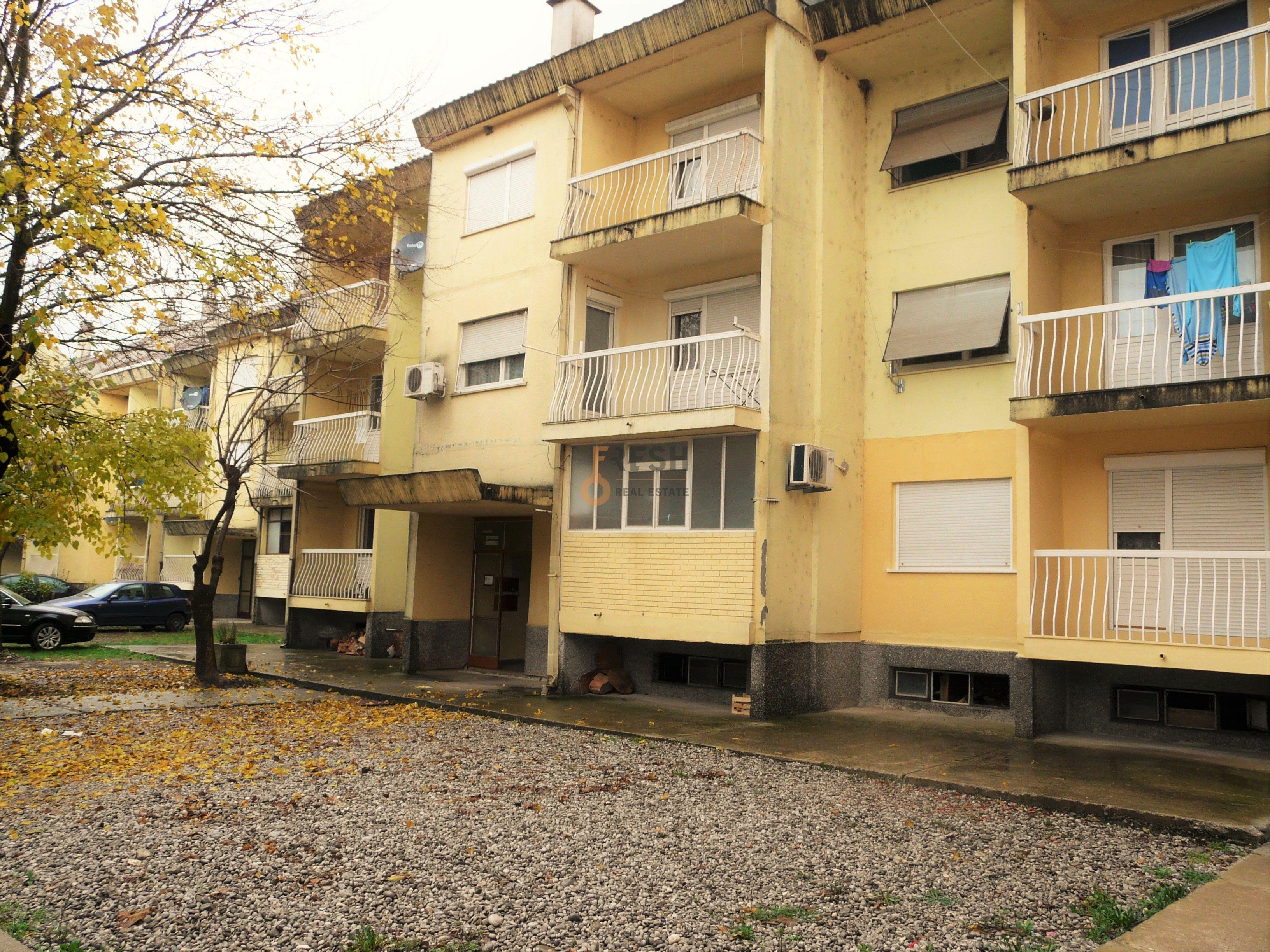Dvosoban stan, 77m2 + 8m2, Danilovgrad, Prodaja - 1
