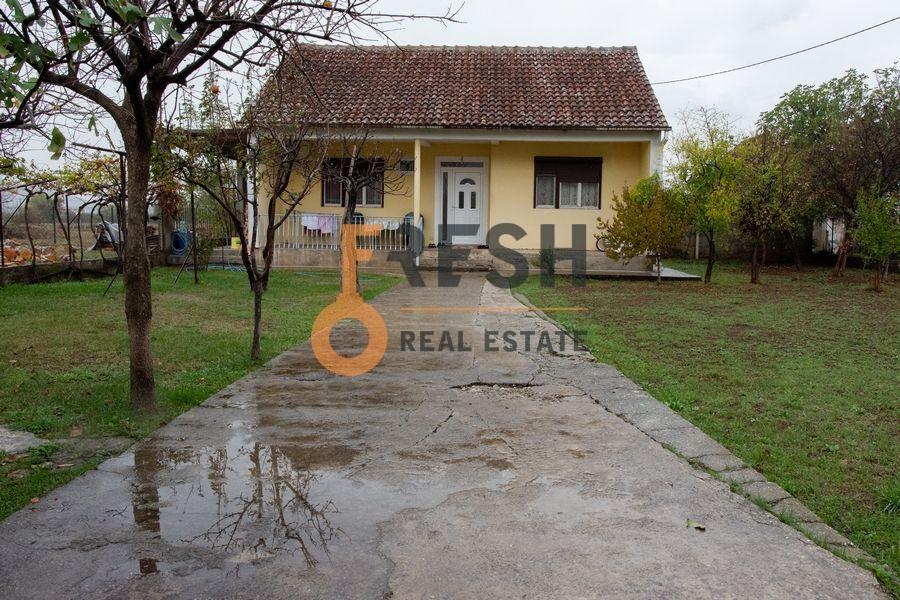Kuća 147m2 sa dvorištem od 460m2, Donja Gorica, prodaja - 2