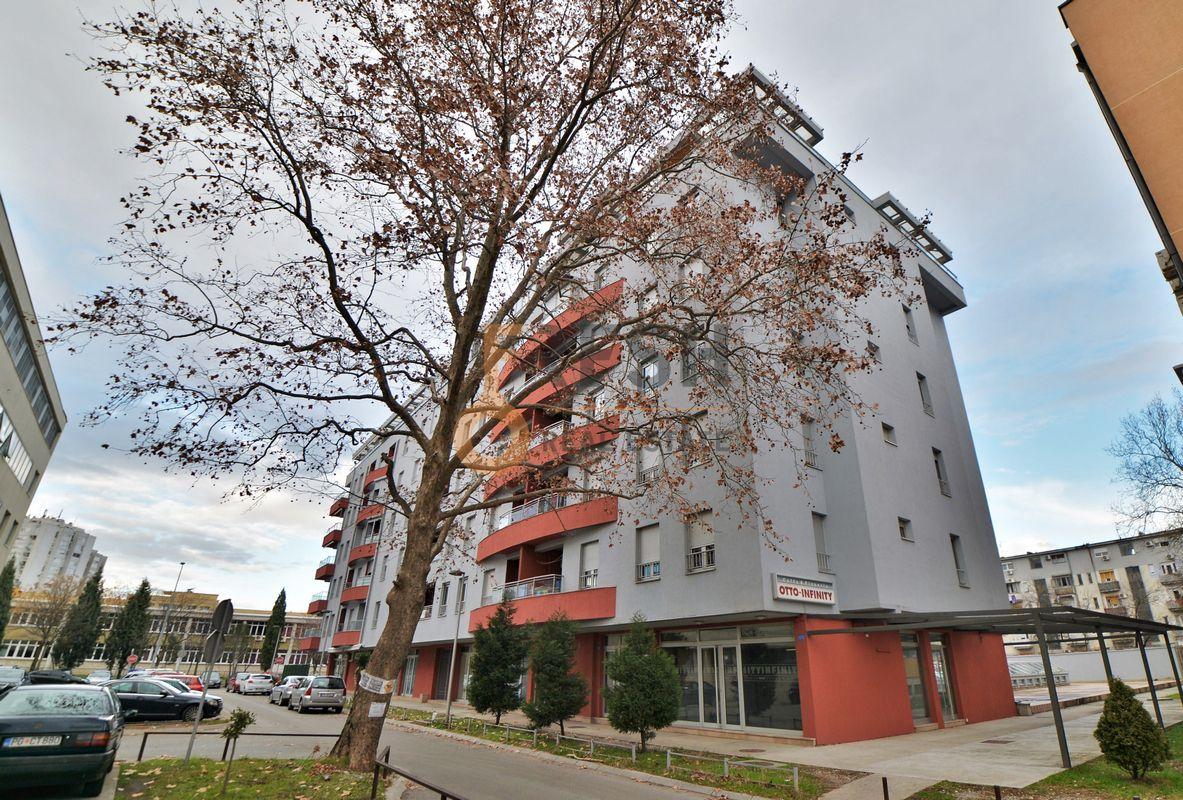 Poslovni prostor, 124m2 + 48m2 terasa, Preko Morače, Prodaja - 1
