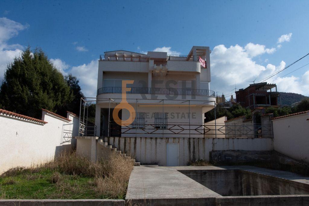 Polunamještena kuća, 375m2, Utjeha - Bar, Prodaja - 1