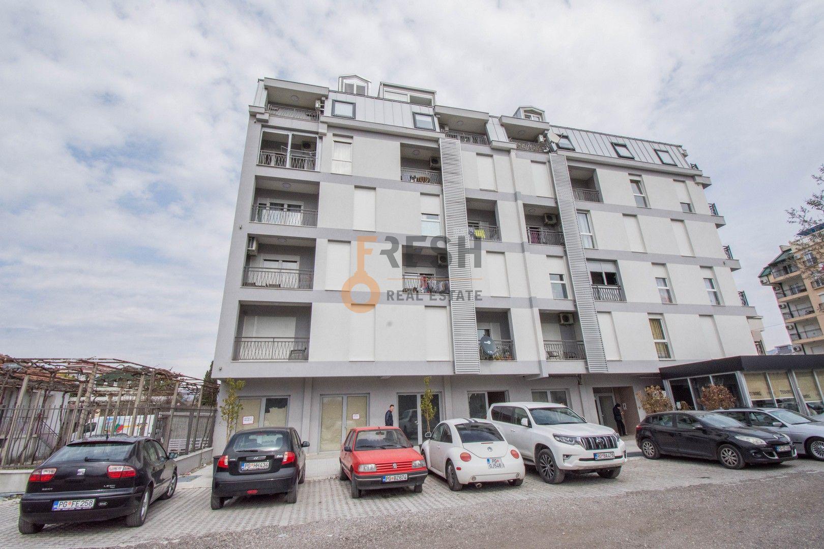 Poslovni prostor, 120m2, Zabjelo, Prodaja - 1