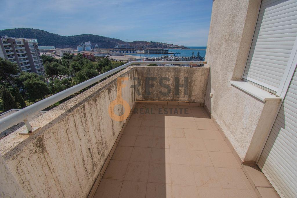 Penthaus duplex s pogledom na more, 157m2, Centar, Bar, Prodaja - 20