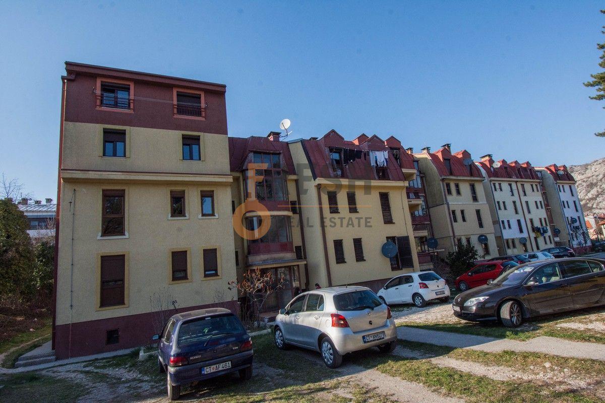 Dvosoban stan, 71m2, Cetinje, Prodaja - 1