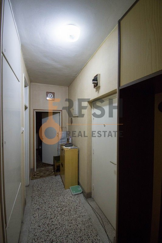 Jednosoban stan, 41m2, Cetinje, Prodaja - 11