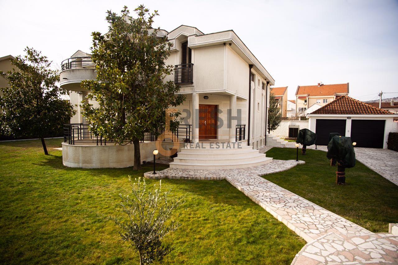 Lux namještena kuća, 450m2, Tološi, Izdavanje - 1
