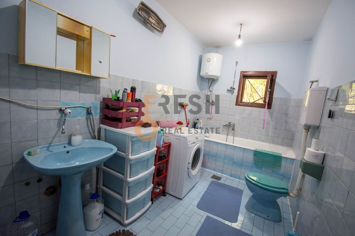 Kuća, 400m2, Donja Gorica, Prodaja - 13