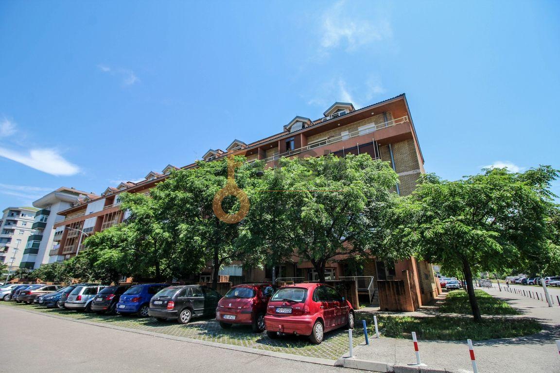 Dvosoban stan, 76m2, Stari Aerodrom, Prodaja 1