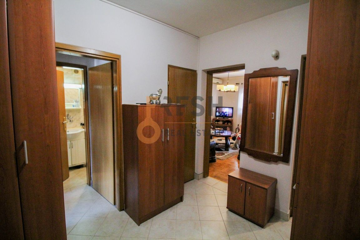 Dvosoban stan, 76m2, Stari Aerodrom, Prodaja - 1