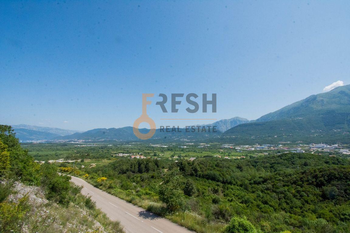 Stara kuća i zemljište, pogled na Tivat, na putu ka Bigovi, Prodaja - 3