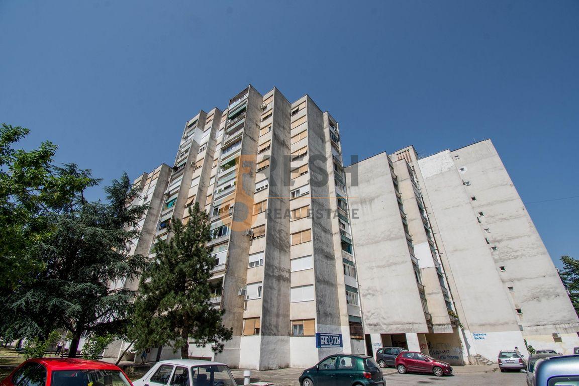 Trosoban stan, 97m2, Gintaš, Prodaja - 1
