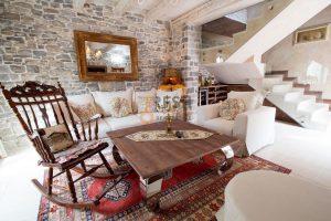 Autentična mediteranska vila Tivat, Prodaja - 1
