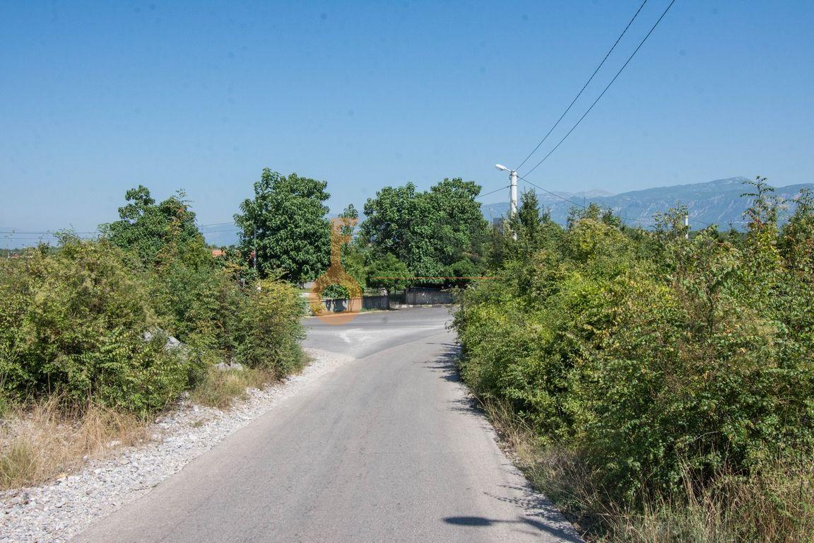 Plac, 2.100m2, Danilovgrad, Prodaja - 1