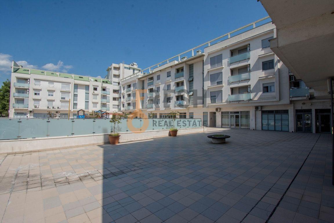 Namješten poslovni prostor, 26m2, Tološki apartmani, Izdavanje - 1