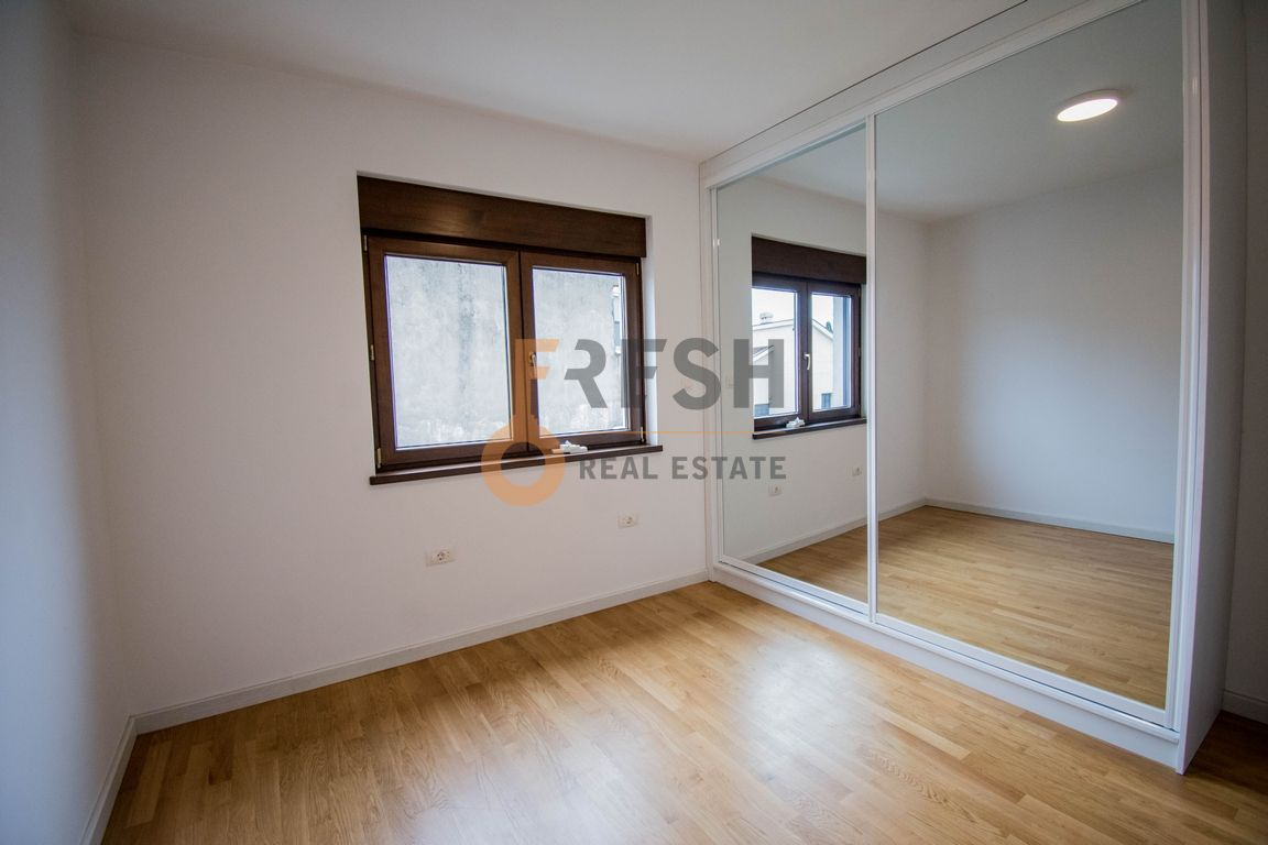 Trosoban stan, 160m2, Ibričevina, Izdavanje - 13