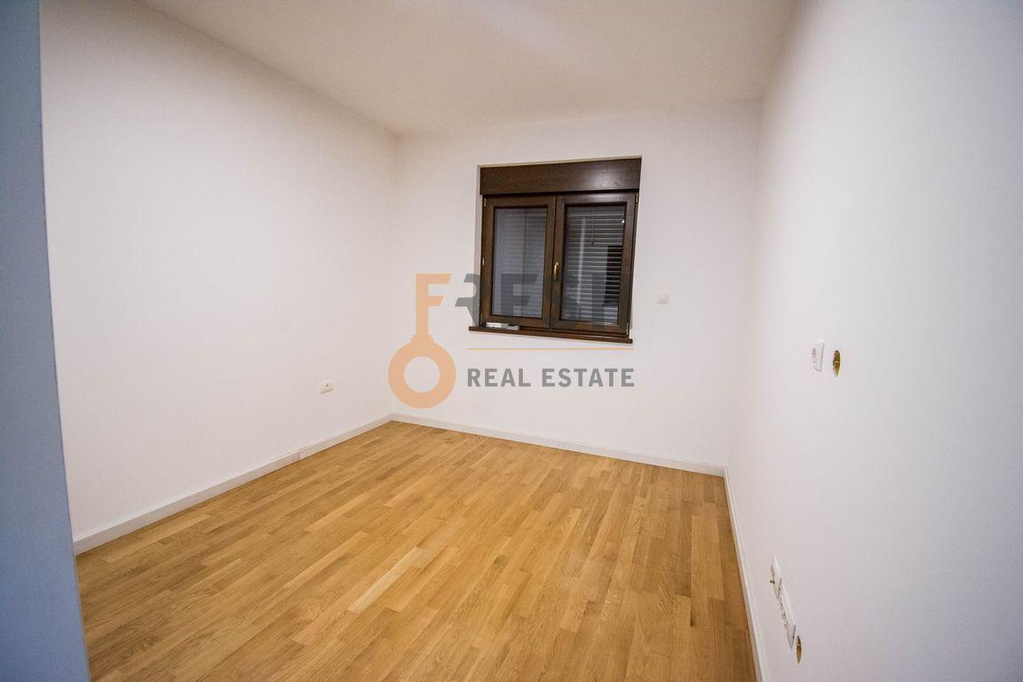 Trosoban stan, 160m2, Ibričevina, Izdavanje - 15