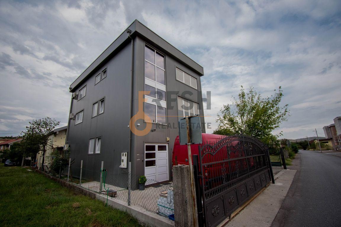 Trosoban stan, 100m2, Donja Gorica, Izdavanje - 1