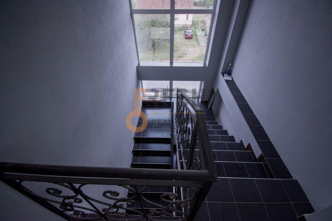 Trosoban stan, 100m2, Donja Gorica, Izdavanje - 12