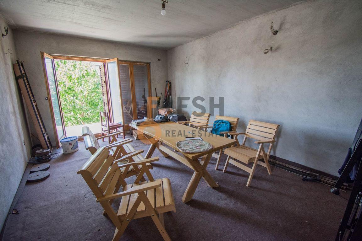Kuća, 200m2 na placu od 760m2, Donja Gorica, Prodaja - 15