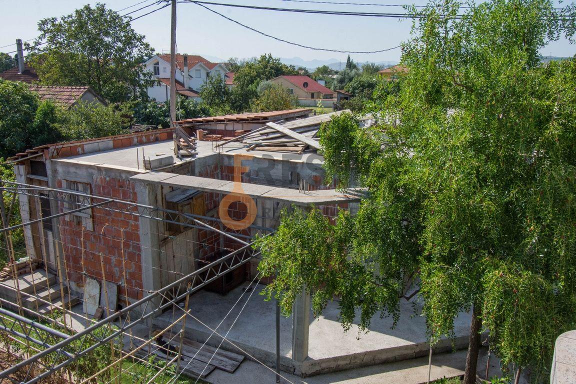 Kuća, 200m2 na placu od 760m2, Donja Gorica, Prodaja - 18