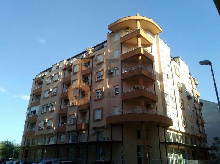 Dvosoban lux namješten stan, 81m2, Krivi most, Prodaja - 1