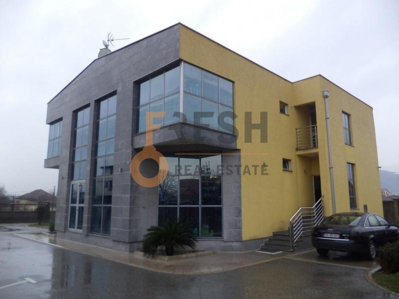 Podgorica, Mareza, poslovni objekat, 900 m2 + 560 m2, prodaja - 1