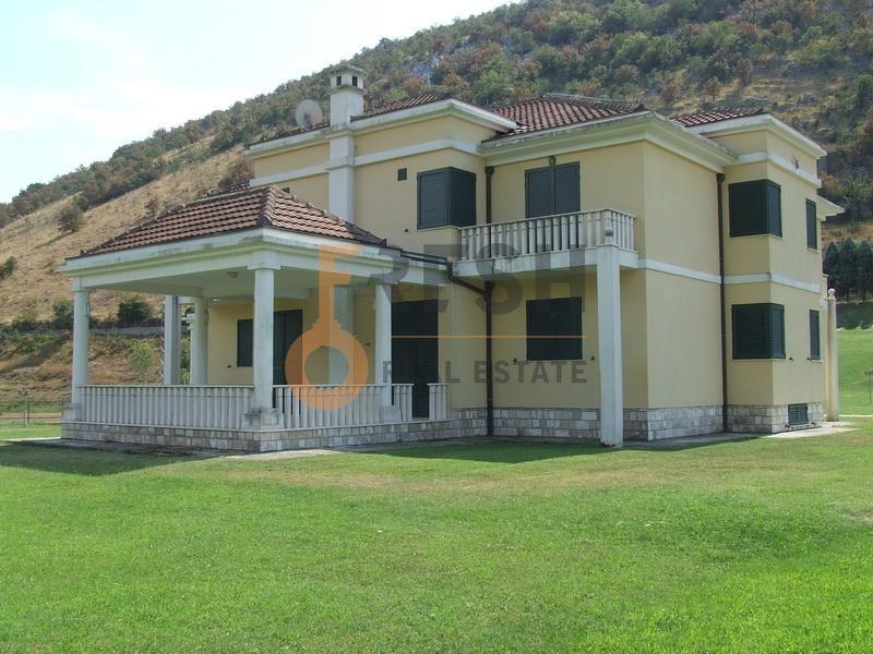Podgorica, Rogami, kuća, 600 m2, izdavanje - 1