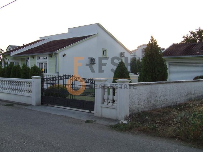 Podgorica, Masline, kuća, 150 m2, izdavanje - 1