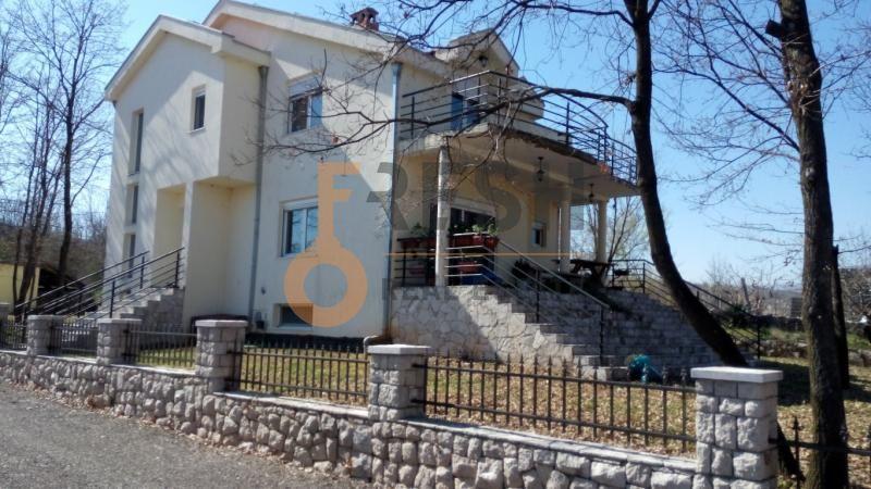 Podgorica, Novo Selo, kuća 268 m2, prodaja - 1