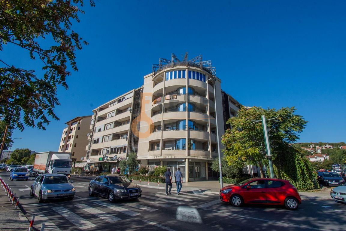 Lux dvosoban stan, 81m2, Dalmatinska, Prodaja - 1