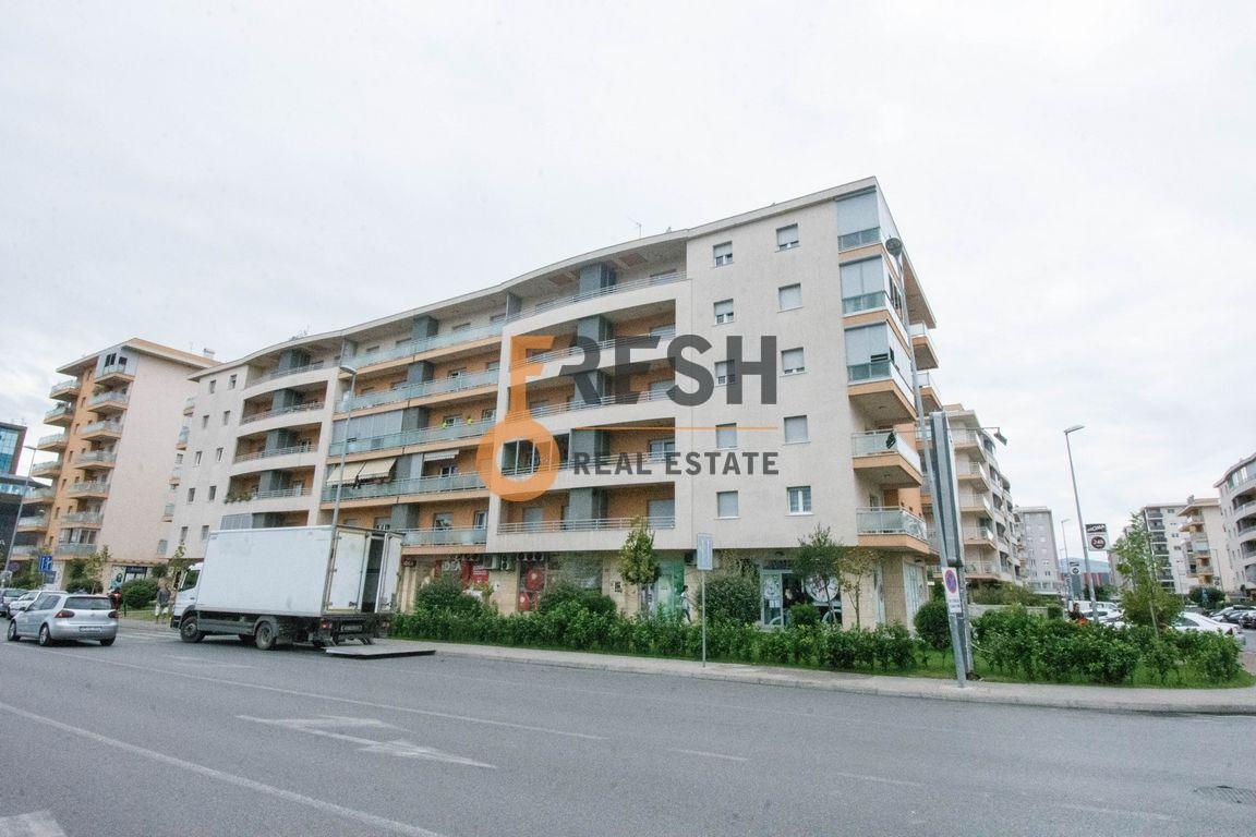 Nenamješten stan, 52m2, City Kvart, Izdavanje - 1