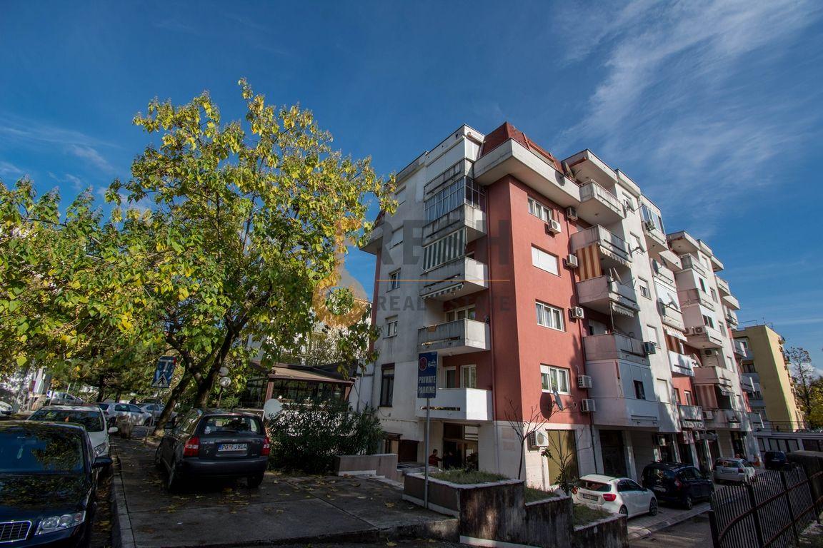 Poslovni prostor, 60m2, Preko Morače, Prodaja - 1