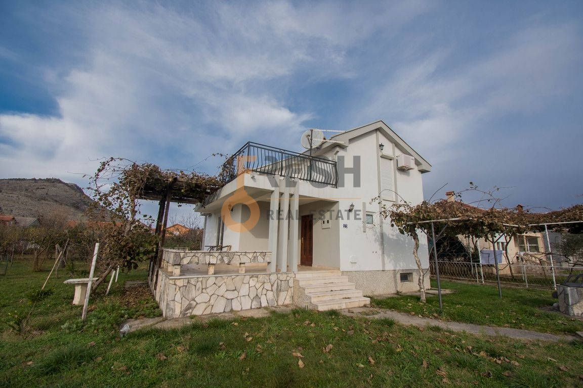 Kuća, 90m2 na placu 1530m2, Gornja Gorica, Prodaja - 1