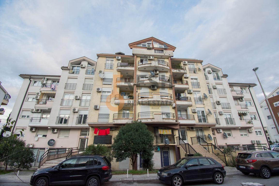 Trosoban stan, 90m2, Ljubović, Izdavanje - 1