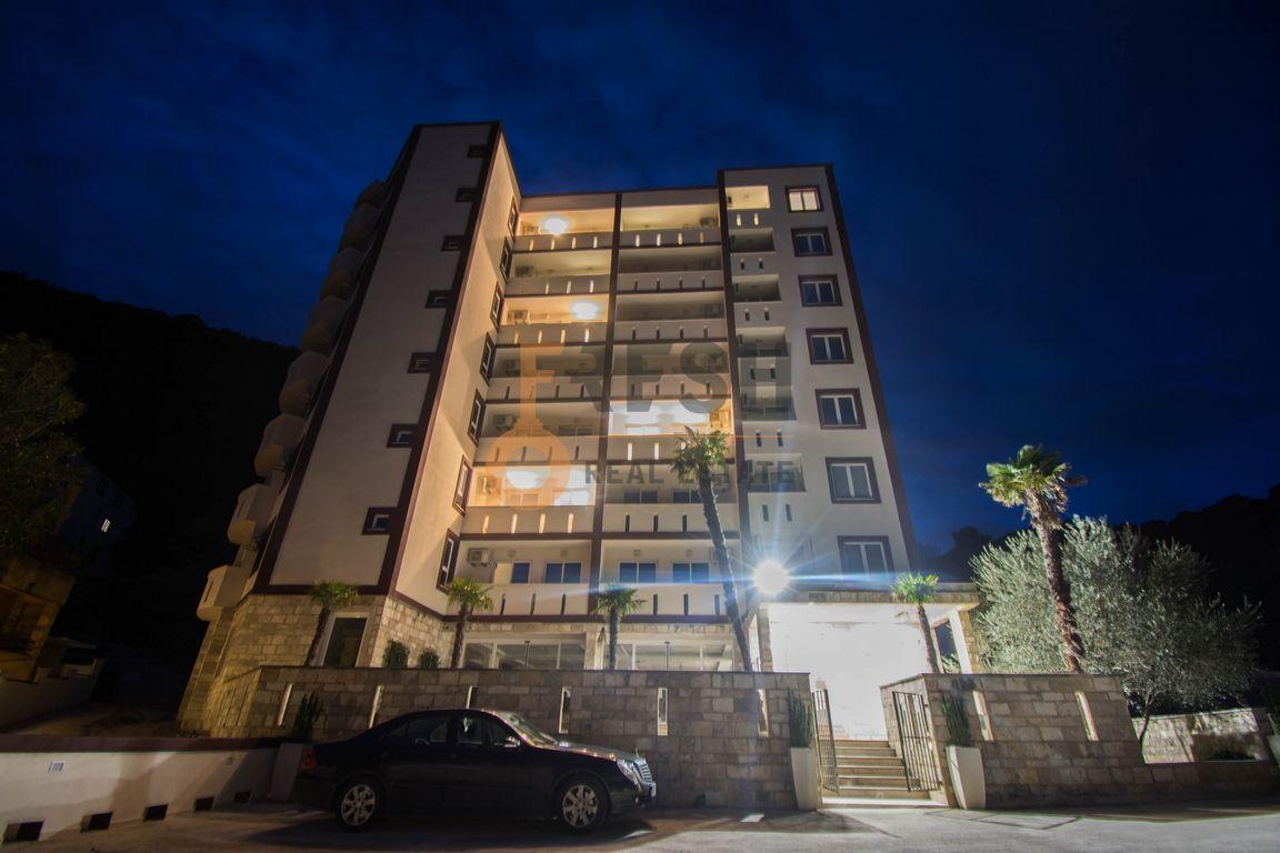 Jednosoban stan u kondo hotelu 38m2, Bečići - 1