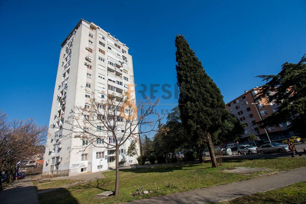 Dvosoban stan 64m2, Momišići, Prodaja - 1