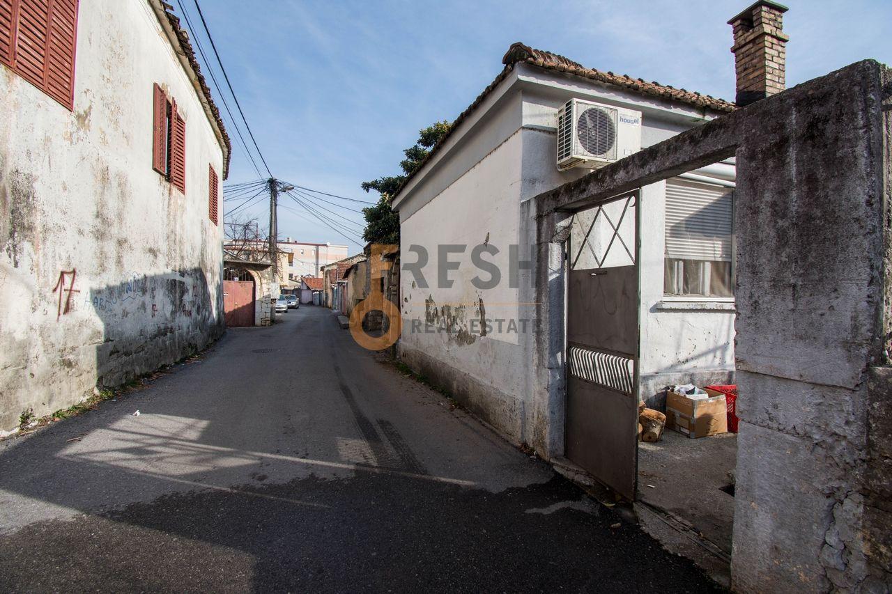 Kuća, 130m2, kod Autobuske, Prodaja - 1