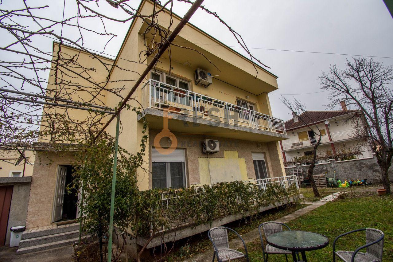 Kuća, 150m2, Tološi, Prodaja - 1