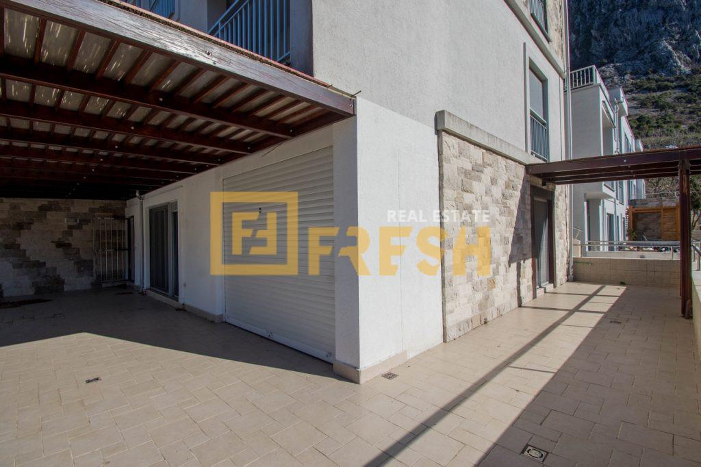 Dvosoban stan Buena Vista, 75m2, Dobrota, Prodaja - 18
