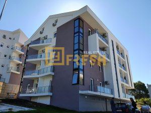Jednosoban stan, 56.45m2, na ulazu u Tivat, Prodaja - 1