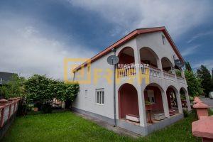 Kuća, 213m2, Danilovgrad, Prodaja - 1