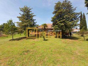 Plac 2054m2 sa kućom 222m2, Gornja Gorica, Prodaja - 1