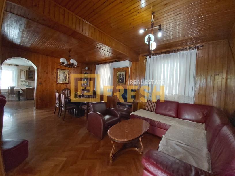 Stambeno poslovni prostor, 400m2, Golubovci, Prodaja - 7