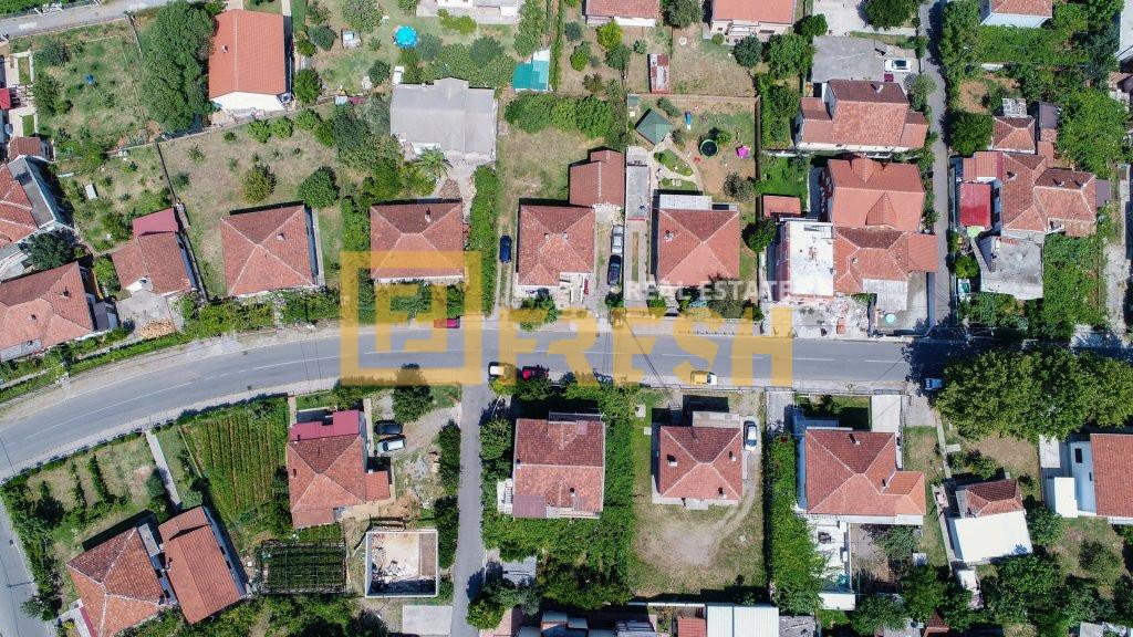 Urbanizovano građevinsko zemljište, cca 800m2, Konik, Prodaja - 0