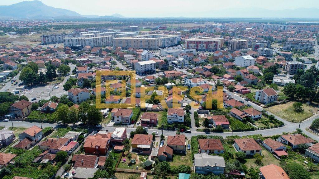 Urbanizovano građevinsko zemljište, cca 800m2, Konik, Prodaja - 1
