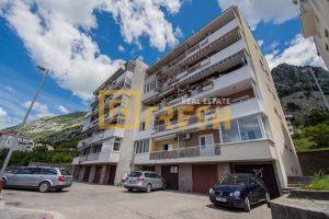 Trosoban stan, 74m2, Kotor, Prodaja - 1