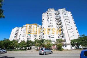 Trosoban stan, 86m2, Blok 6, Prodaja - 1