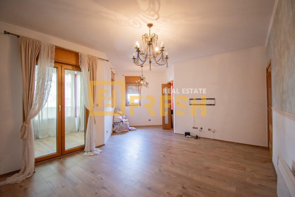 Dvosoban stan, 63m2, Preko Morače, Prodaja - 1