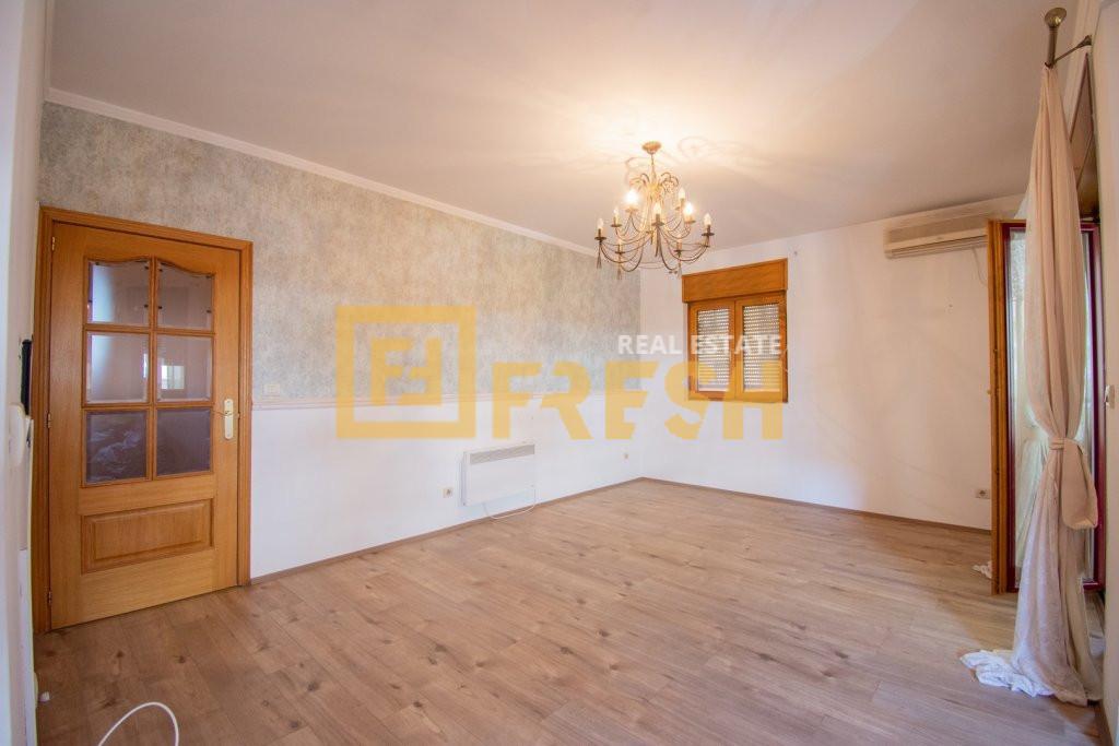 Dvosoban stan, 63m2, Preko Morače, Prodaja - 2