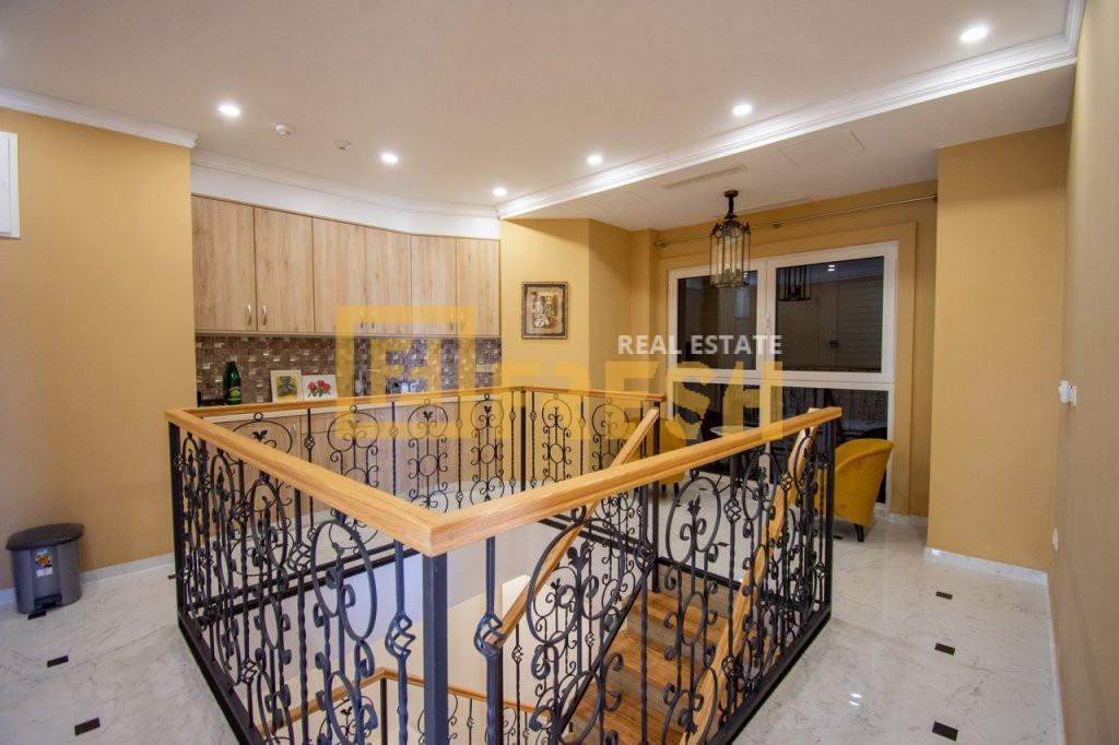 Vila sa 5 soba i 5 kupatila, Tivat - 25